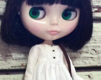 https://www.etsy.com/listing/492041433/blythe-doll-punkaholic-people?ga_order=most_relevant&ga_search_type=vintage&ga_view_type=gallery&ga_search_query=blythe%20doll&ref=sr_gallery-1-9